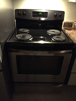 30-inch Kenmore electric range with convection oven